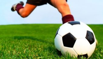 Start bekervoetbal, uitreiking teamtassen en ophalen/ruilen 123inkt kleding